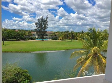 Продаются апартаменты у озера Lake Village в престижном районе Кокоталь (Баваро, Доминиканская Республика)