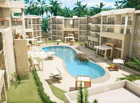 Paseo Playa Coral - внутренний двор с бассейном