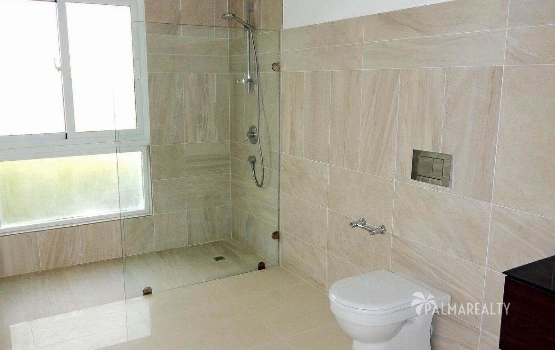 Ванная комната для 2-й и 3-й спален