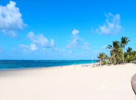 Пляжный клуб Cana Bay Beach Club