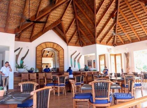 Ресторан в пляжном клубе Cana Bay Beach Club