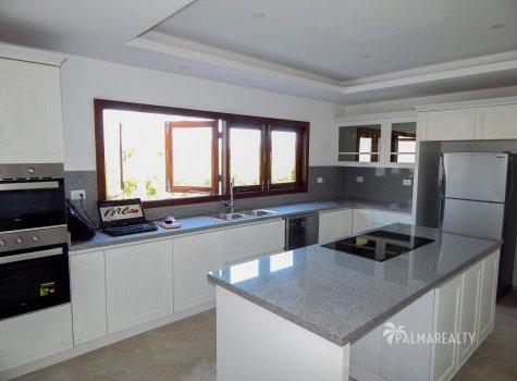 Кухня — (5 х 4) м²